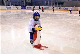 В хоккей играют НАСТОЯЩИЕ мужчины...