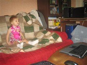 Евдокия смотрит 'Куми-куми'