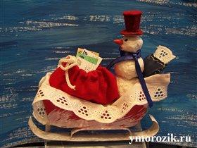Снеговик в санях ymorozik.ru