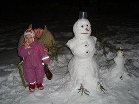 Моя семья и семья снеговиков...