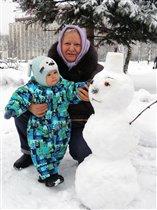 Первый снеговик...