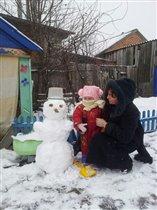 Как мы с бабой лепили снеговика.