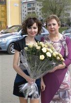 С любимой мамочкой!