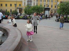фонтан перед Большим театром.