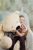 мой Тимошка с медвежонком
