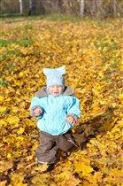 пробегусь в осеннем парке, тихо листьями шурша