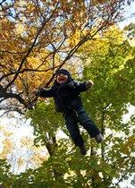 прыжки на свежем воздухе укрепляют!