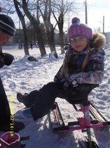 Будем кататься и на коньках, и санках!!))