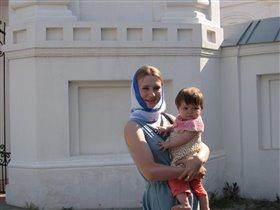 Сонечка с мамой