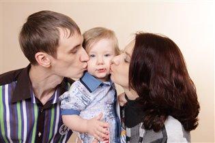 Семейные поцелуйчики!!