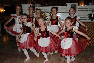 Балетная школа в творческих мастерских «Цыпленок и Огурец»