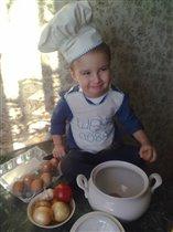 Талантливый юный кулинар