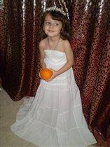 моя Маринка-апельсинка.