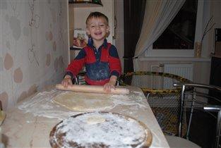 Лепим вареники! (Ярославу 3.2 года)