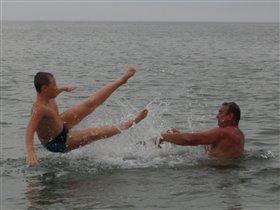кому-то летать,а кому-то плавать...