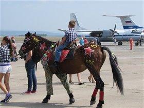 Бронекопытная авиационная конница!!!