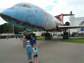 первым делом  самолеты