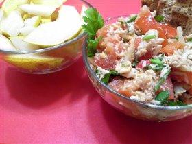 Салат из курицы и груша