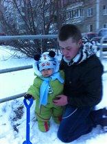 Первые шаги по первому снегу.