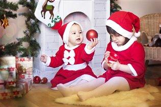 Сестрички ждут Новый Год!
