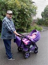 Деда с любимой внучей :)