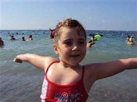 Здравствуй, лето! Здравствуй, море!