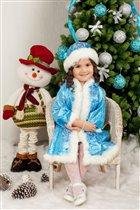 вот она Снегурочка!а где же Дедушка Мороз?
