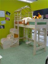 Спортивная кровать-чердак от Полосатой Лошадки