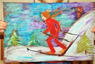 Зиму любим за все что связано со снегом)))
