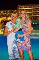 С мамой и сыном