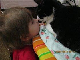 Ну поцелуй же меня...