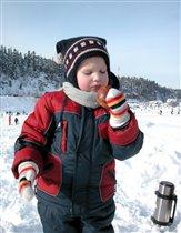 Зима зимой - обед по расписанию!