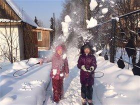 Снежный бадминтон )