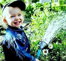 Мой первый весенний полив в саду!!!