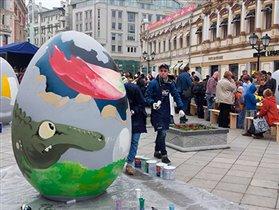 Пасха-2014: праздник «Стол мира» на Кузнецком мосту