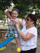 С любимой бабулей.