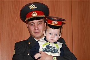 Мои защитники)))