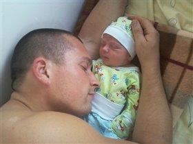 Первые дни жизни )))
