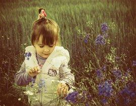 лапочка-дочка в цветочках