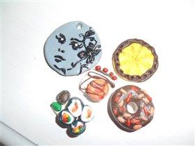 Поделки дочки Ульяны из полимерной глины.