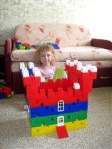 Строю замок