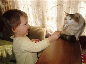 Мы с Мусяшею друзья! Где котейка-там и я!