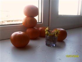 Оранжевый снеговик