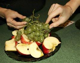 Будем есть мы фрукты–Вкусные продукты!