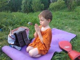 Яркий буддийский монах)))