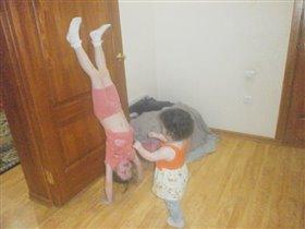 Наши любимые гимнастки! ))