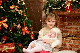 Первый Новый года моих любимых девочек вместе!!!