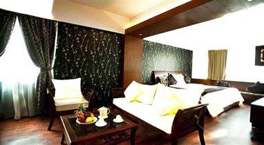 Gia Bao Grand Hotel