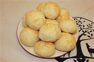 Бразильские сырные булочки (Pão de queijo)