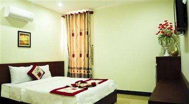 Van Son Hotel